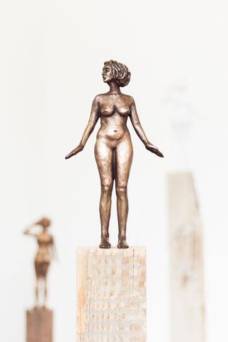 Serendipity I (bronze) Edition 1/24 - Sculpture by Sarah Walmsley