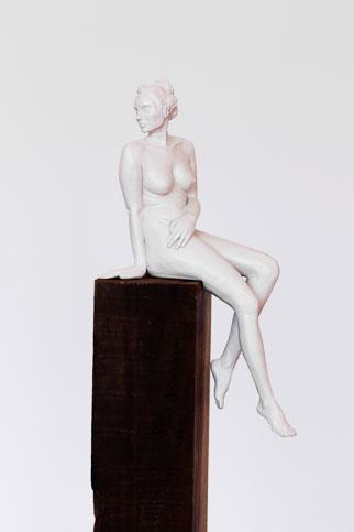 Searching II (resin) Edition 1/24 - Sculpture by Sarah Walmsley