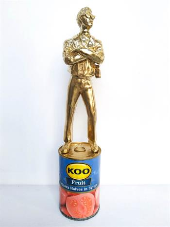 The Warhol Effect (Gold) Ed. 35/100 - Sculpture by Jonathan van der Walt